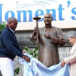 Carl Lewis and Baroness Flather Unveil the World Peace Dreamer Statue